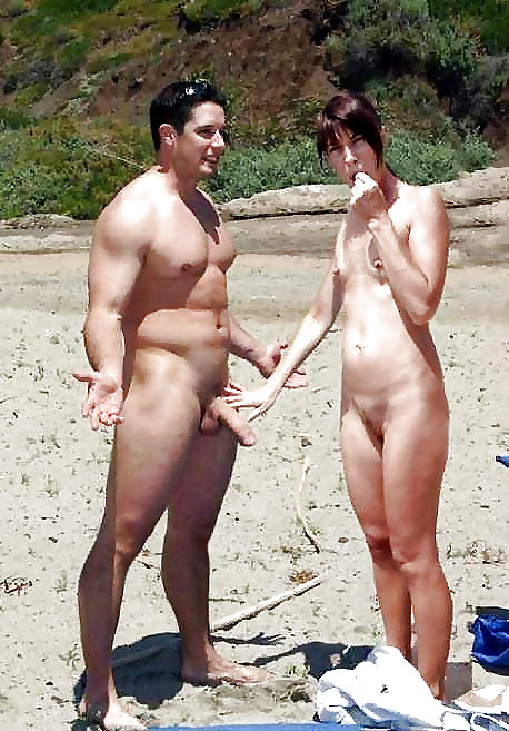 ᐅ Nudism Amateur Couples in Public