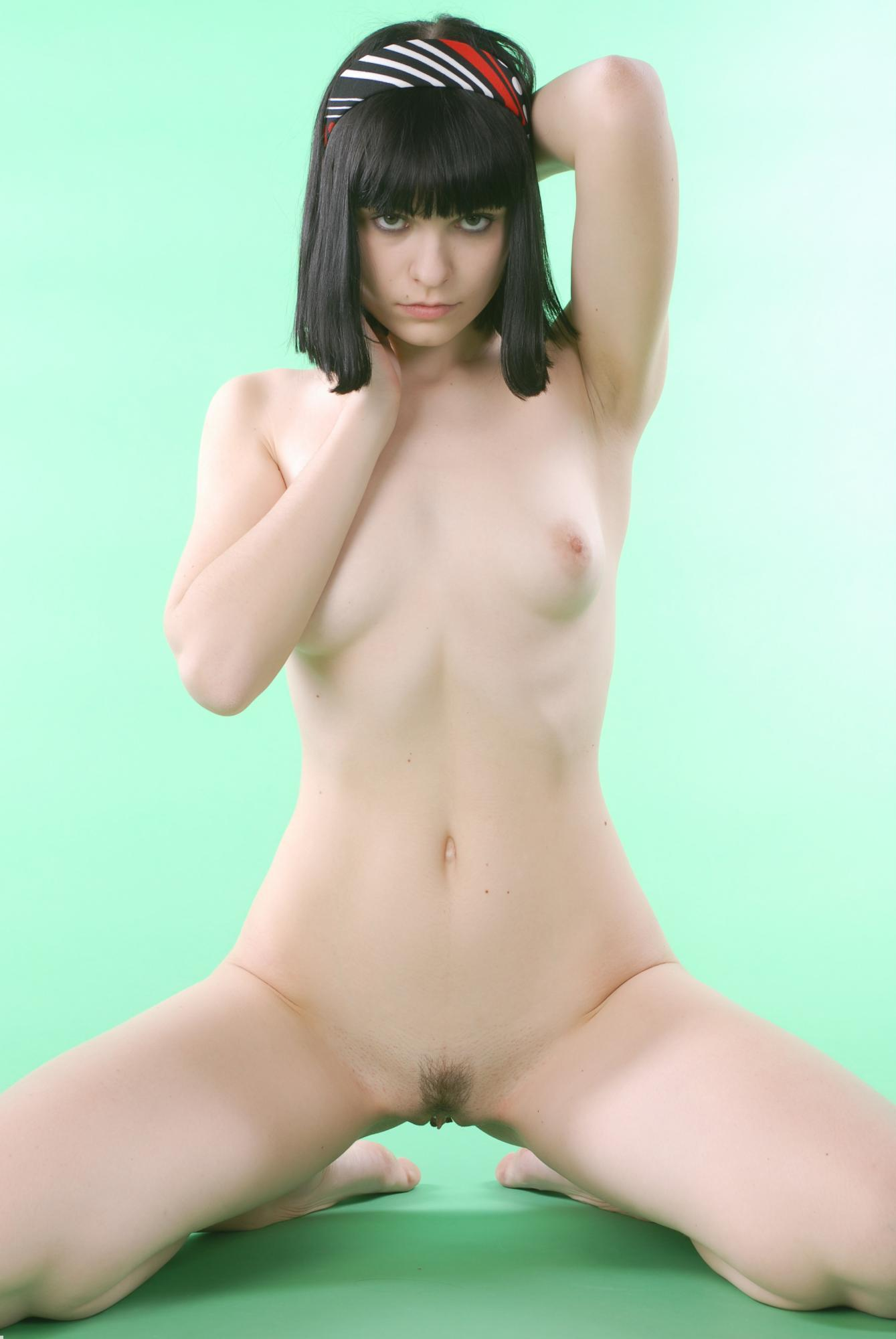 Hairy pussy looks like queen cleopatra and poses nude with tiny bosoms