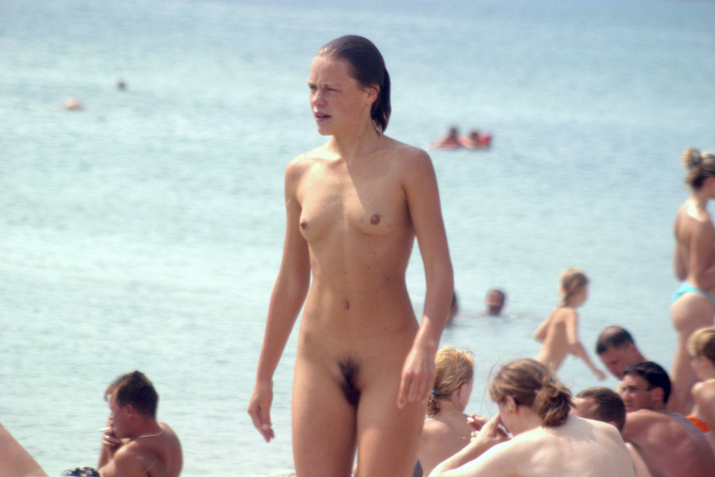 Beautiful nudist girls