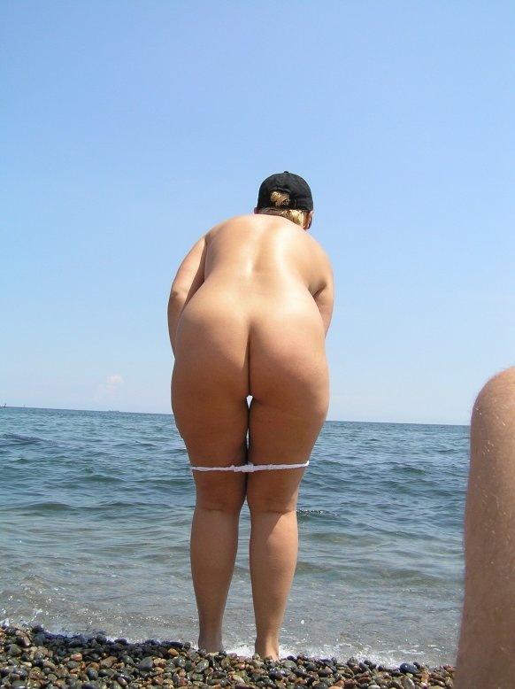 Big fat women in nude at beach seems impossible