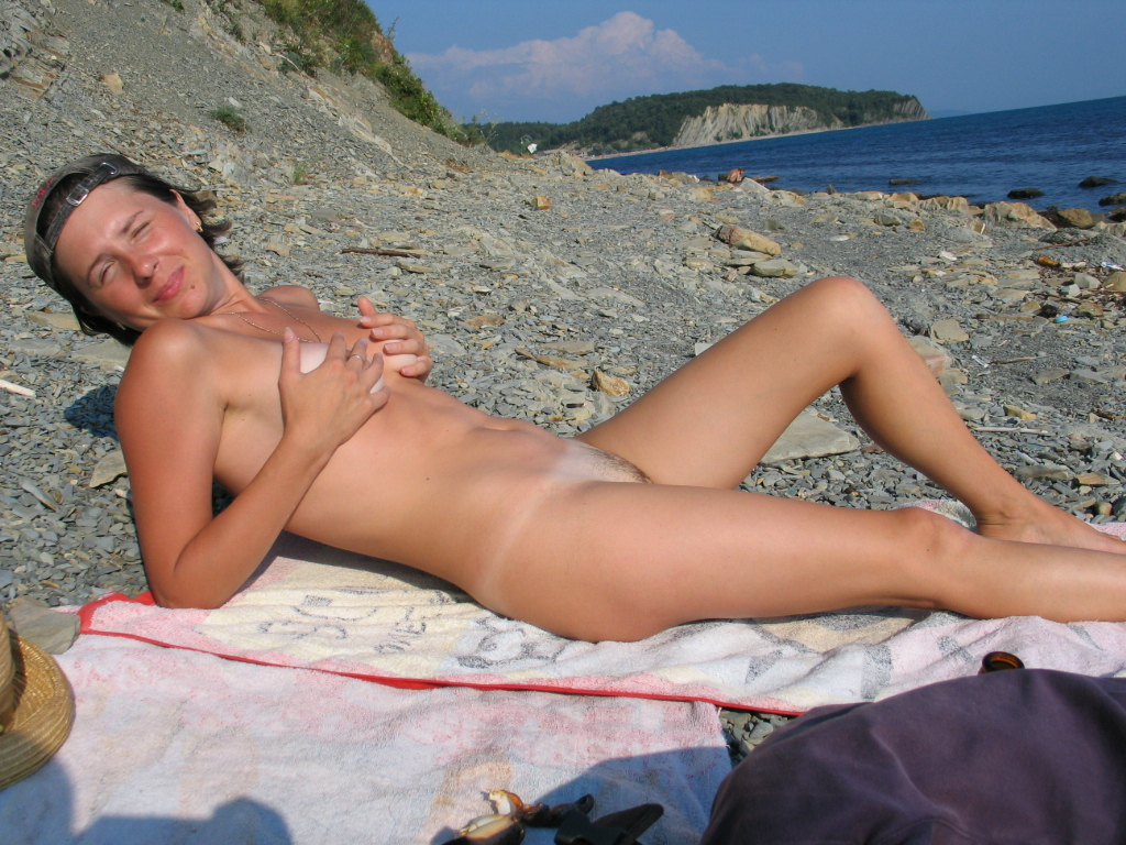 naked hairy girls (3)
