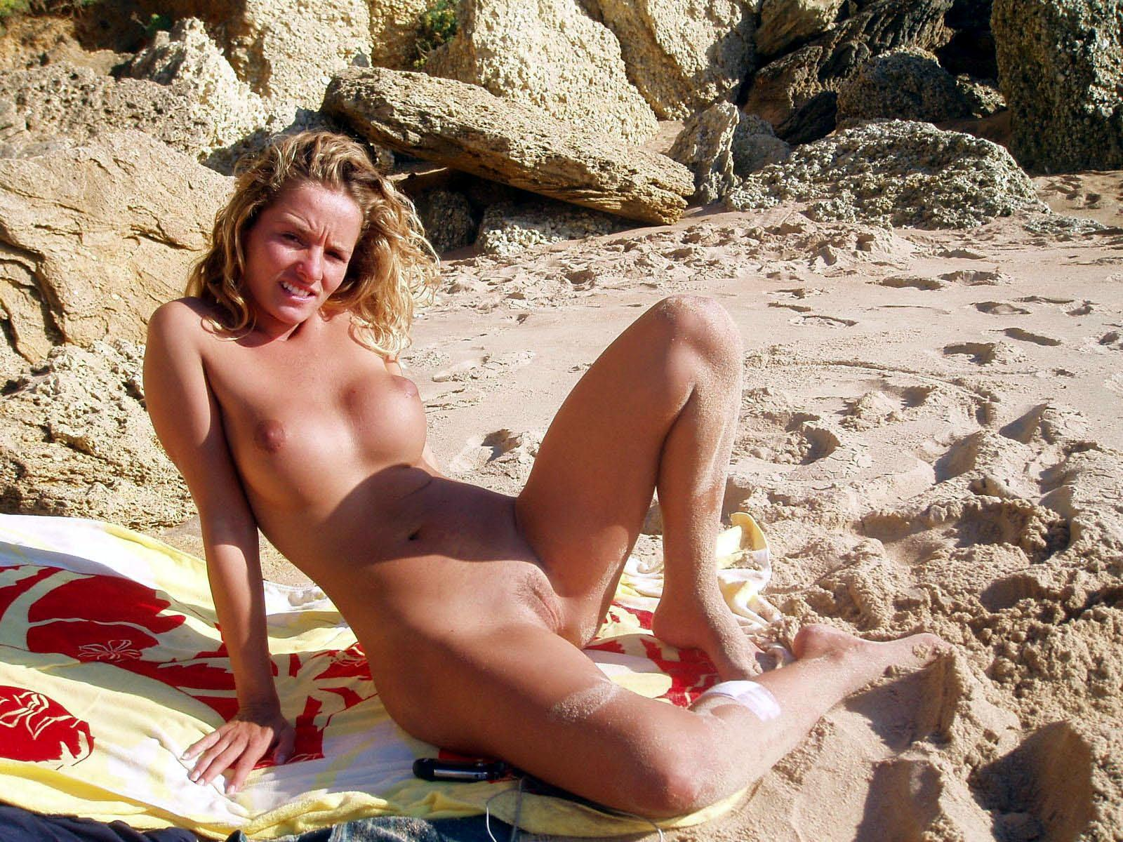 Hot naked blonde does not want to be disturbed