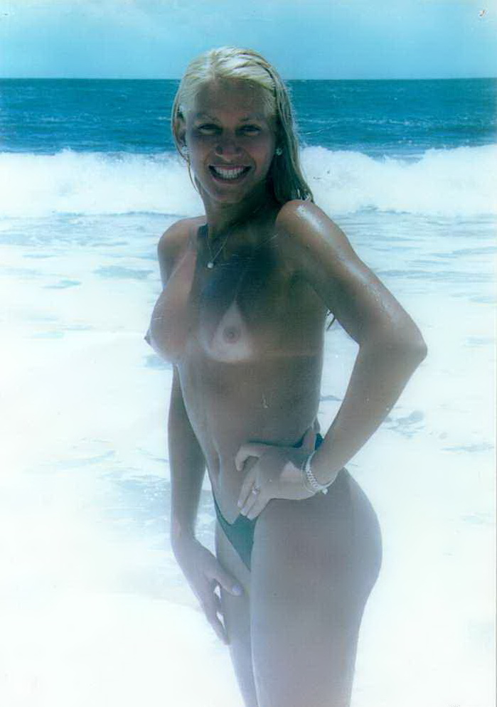 Tremendously hot blonde in the sea