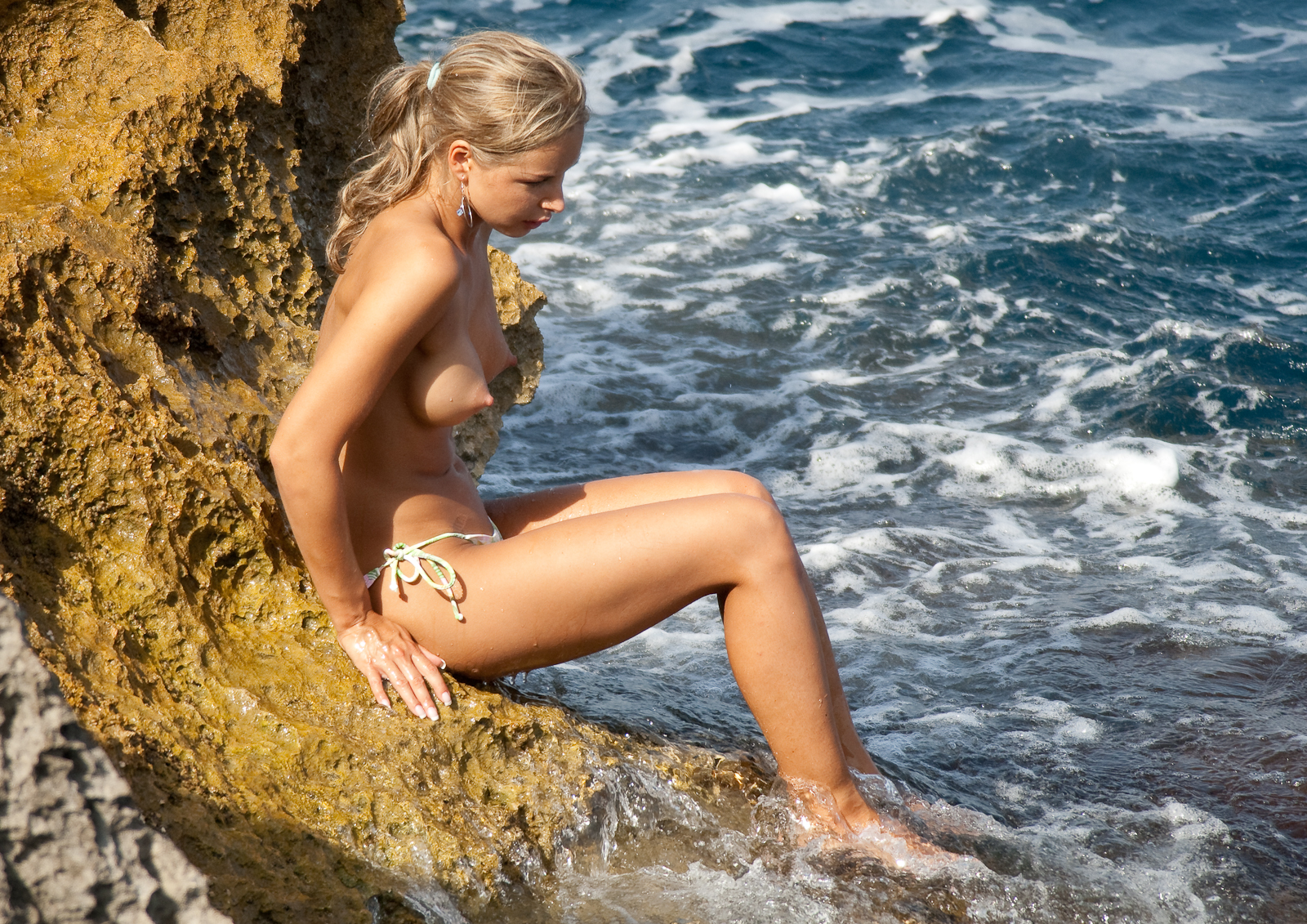 Pics of the girl off naked and afraid nude those